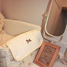 ベビー用のベッド