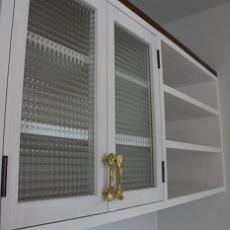 ダイニングキッチンの食器棚